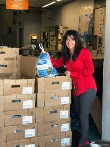 RV Sales of Broward and the RV Advisor donating turkeys to veterans and active military members before Thanksgiving.